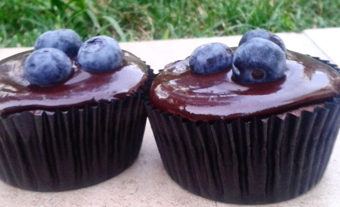 Healthy Chocolate and Chickpea Muffins