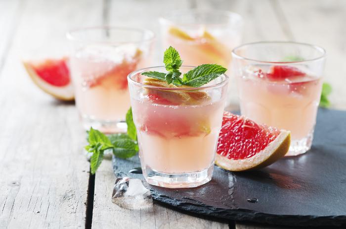spring rose cocktail