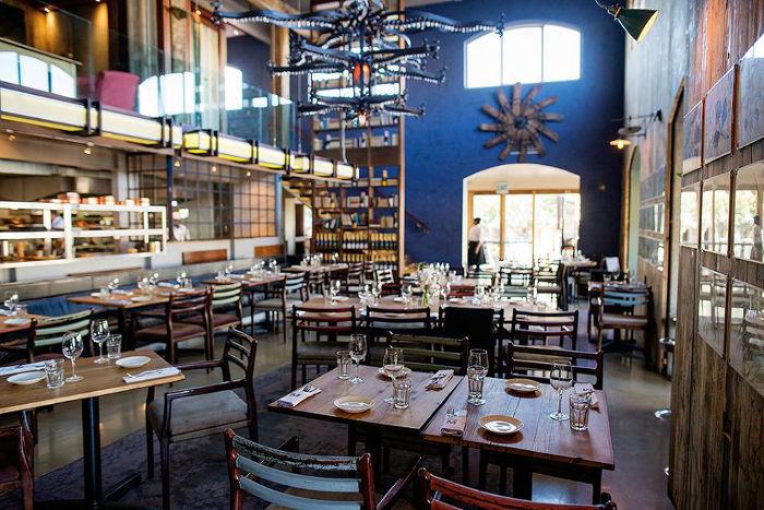 Mondiall Kitchen & Bar