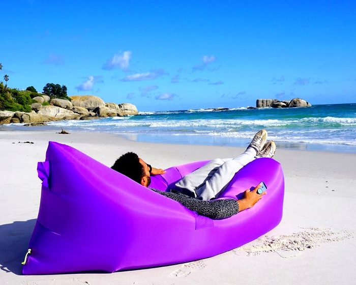 AirMate inflatable sofa