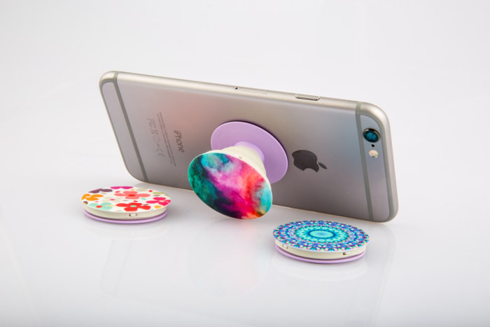 Keep Your Selfie Game Strong With Popsockets Review