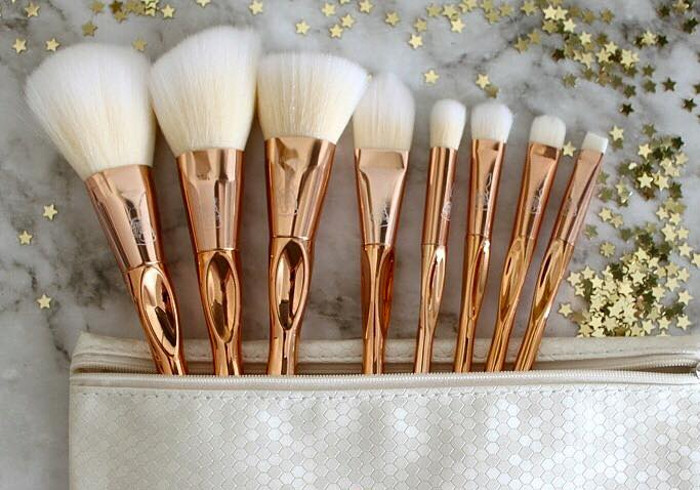 White Rabbit Republik Rose Gold Ferrule makeup brush
