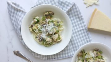TURNIP TAGLIATELLE WITH CHICKEN & HERB SAUCE
