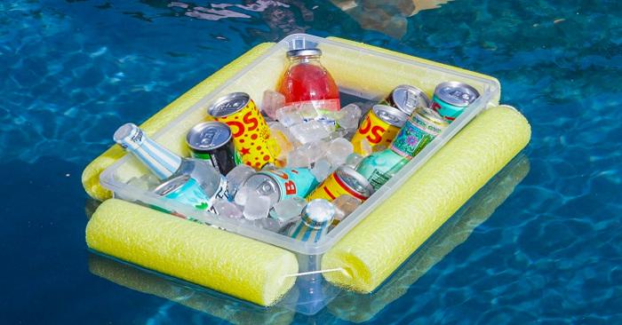 Builders pool floaty