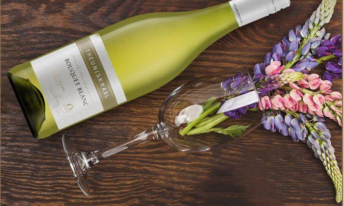 Theuniskraal Boquet Blanc wine