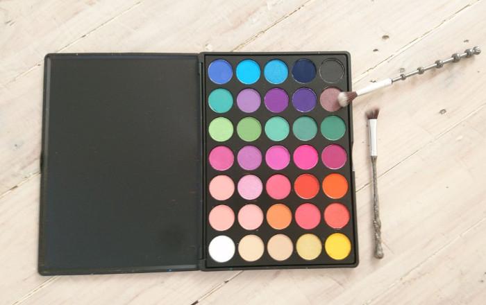 Swiitch BeautyUnicorn Sauce Eyeshadow Palette