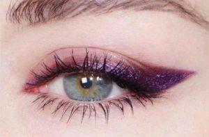 ultra violet winged liner pantone