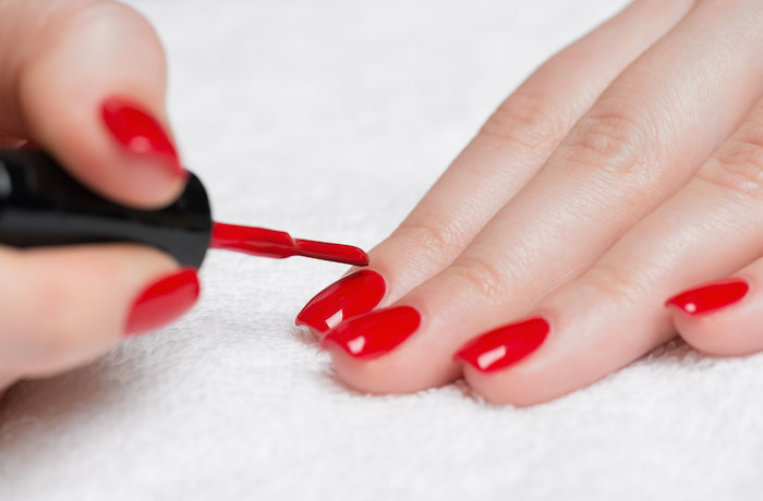 6 ways to prevent nail polish chipping