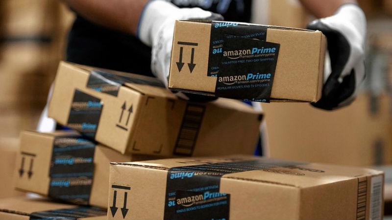Amazon-shipping-boxes