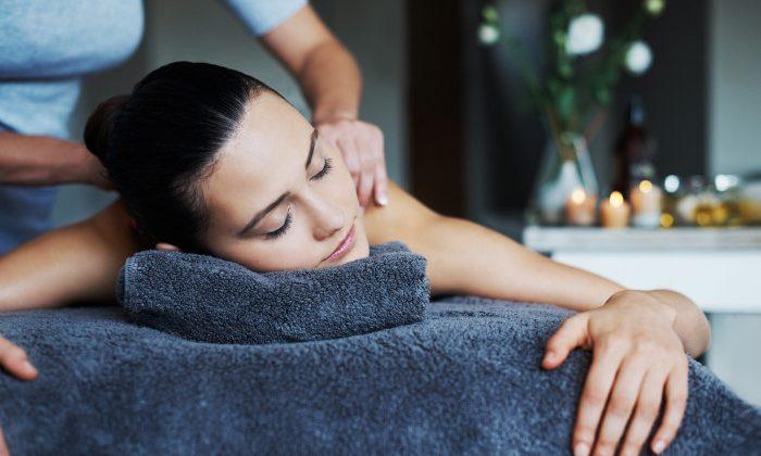 CBD Oil massage