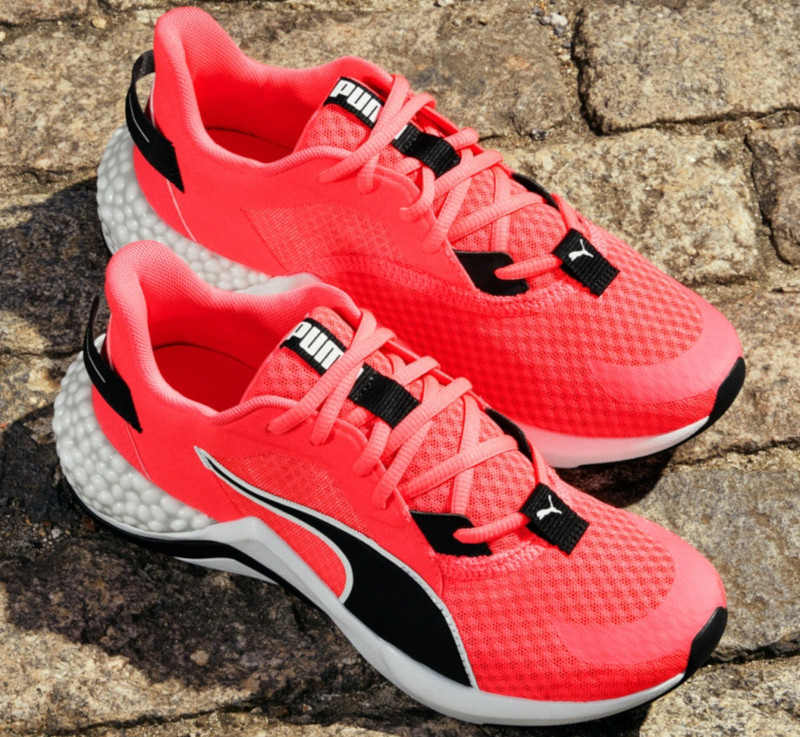 Review: Back to Basics with Puma's Hybrid NX Ozone Running ...